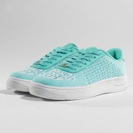 Just Rhyse / Sneakers Airs in turquoise